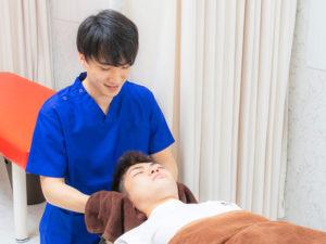 頭首の施術